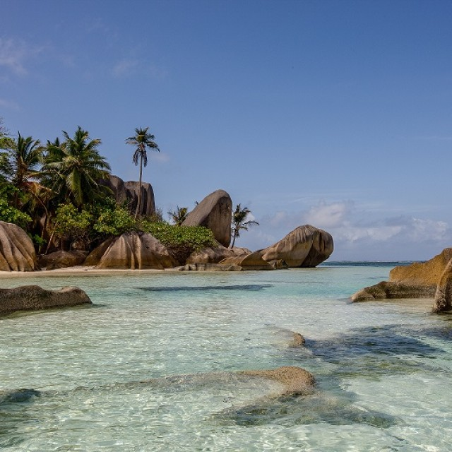 (Italiano) LE SEYCHELLES (ANCHE) LOW-COST CON SEYVILLAS