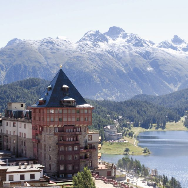 """IL BADRUTT'S PALACE HOTEL DI ST. MORITZ RICEVE IL PREMIO TRAVEL + LEISURE """"WORLD'S BEST AWARD"""", POSIZIONANDOSI COME MIGLIOR HOTEL IN SVIZZERA"""